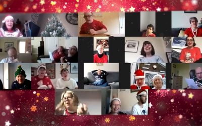 Sing It Louder Choir supporting Macmillan Toon Angels at Christmas